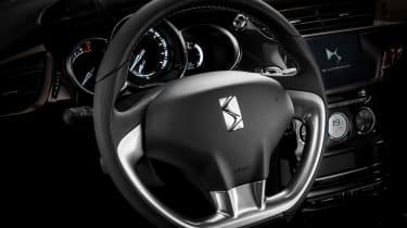 DS 3 hatchback and Cabrio - interior 2
