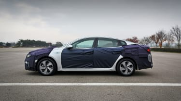 Kia Optima PHEV disguise side