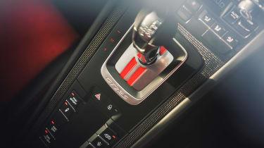 Porsche 911 GT2 RS - transmission
