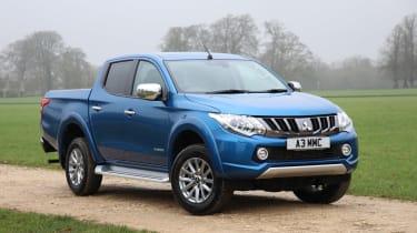Mitsubishi L200 pick-up gains towing capacity - front
