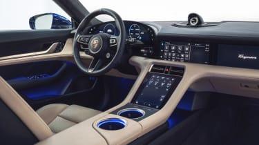 Porsche Taycan - cabin
