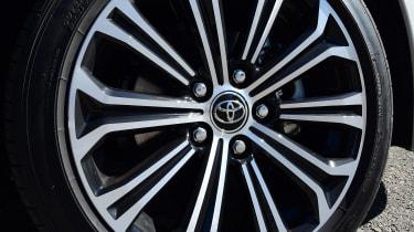 Toyota Corolla - wheel