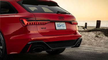 Audi RS 6 Avant - rear detail