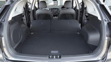 Kia e-Niro - boot seats down