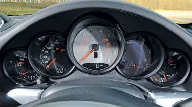 Porsche 911 Carrera S dials