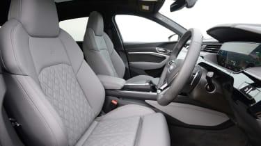 Audi e-tron S - front seats