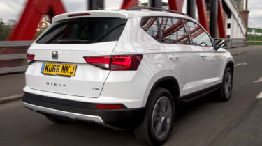 SEAT Ateca 1.4 TSI - rear tracking