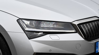 Skoda Superb iV - headlight