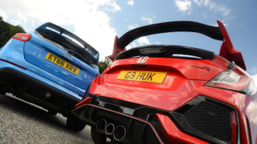 Honda Civic Type R vs Ford Focus RS - rear