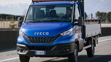 IVECO Daily Cab tipper - front tracking