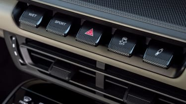 Porsche 911 Carrera - dash buttons