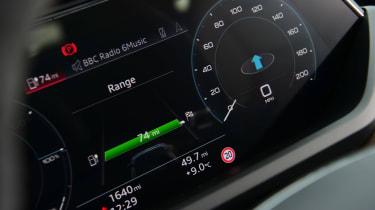 Audi e-tron GT - dials