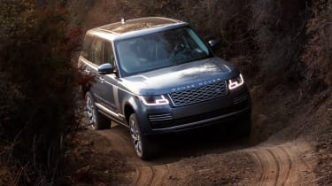 New Range Rover PHEV 2017 review - off road turn