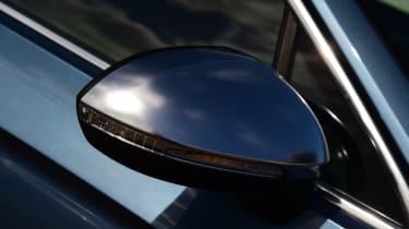 Volkswagen Passat Alltrack - wing mirror