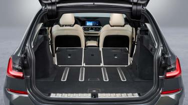 BMW 3 Series Touring - studio boot seats down
