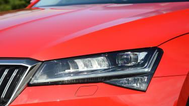 Skoda Superb - headlight