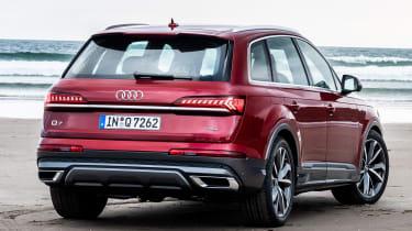 Audi Q7 55 TFSI - rear 3/4 static
