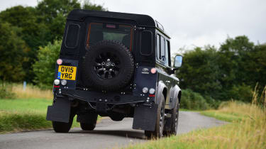 Land Rover Defender Autobiography - rear action