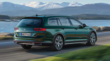 Volkswagen Passat Alltrack - rear action