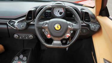 Ferrari 458 Spider dash