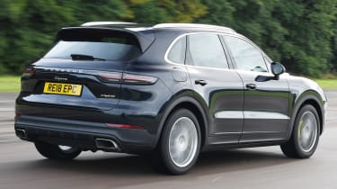 Porsche Cayenne - Rear Tracking