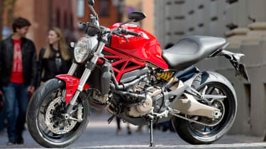 Ducati Monster 821 review - red in town