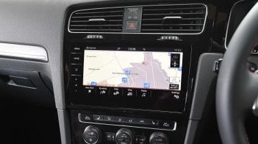 Volkswagen Golf GTI - sat-nav