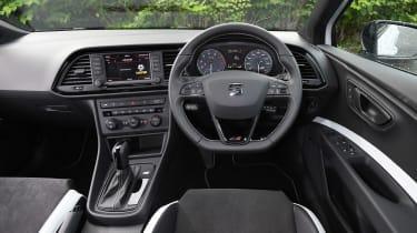 SEAT Leon Cupra ST 290 - dash