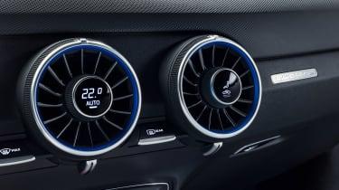 Audi TT S - studio vents