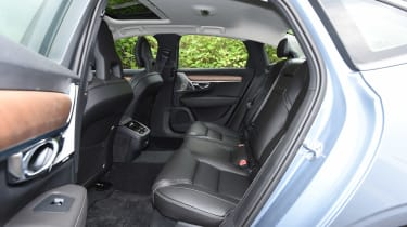 Volvo S90 - UK rear seats