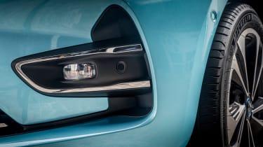Renault ZOE - fog light