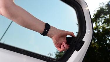 SEAT Mii electric - long termer first report window