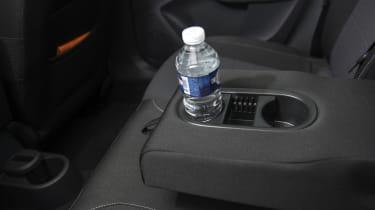 Skoda Rapid Spaceback rear seat rest