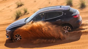 Maserati Levante - side off-road