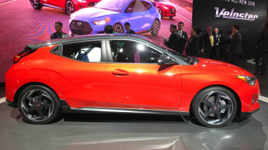 New Hyundai Veloster - Detroit side