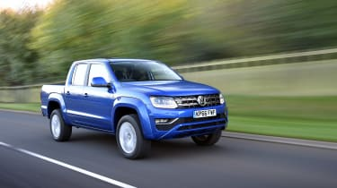 Volkswagen Amarok pick-up 2016 - driving