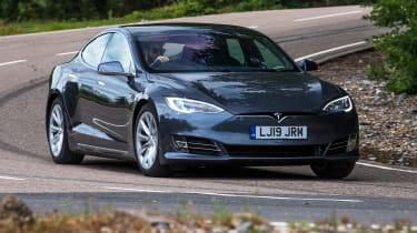 Tesla Model S - cornering