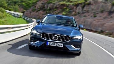 Volvo V60 - full front