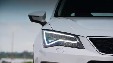 SEAT Ateca - headlight