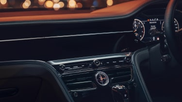 Bentley Flying Spur V8 - dashboard