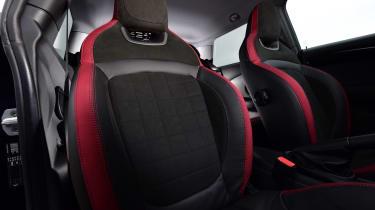 MINI 1499 GT - front seats