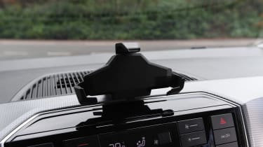 Skoda Citigo-e iV - phone holder
