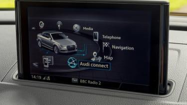 Audi A3 Cabriolet - infotainment