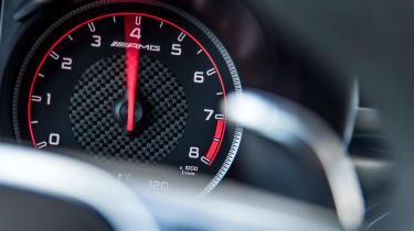 Mercedes AMG GLC 63 S - speedo