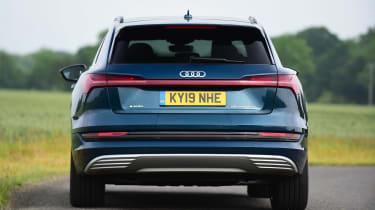 Audi e-tron - rear cornering