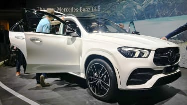 Mercedes GLE - Paris - Front 3/4