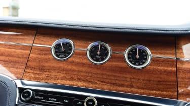 2018 Bentley Continental GT - clocks