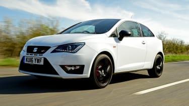 SEAT Ibiza Cupra vs VW Polo GTI - Ibiza front tracking