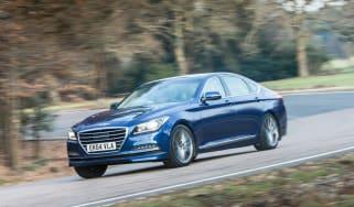 Hyundai Genesis UK 2015 action