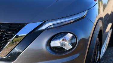 Nissan Juke - headlight